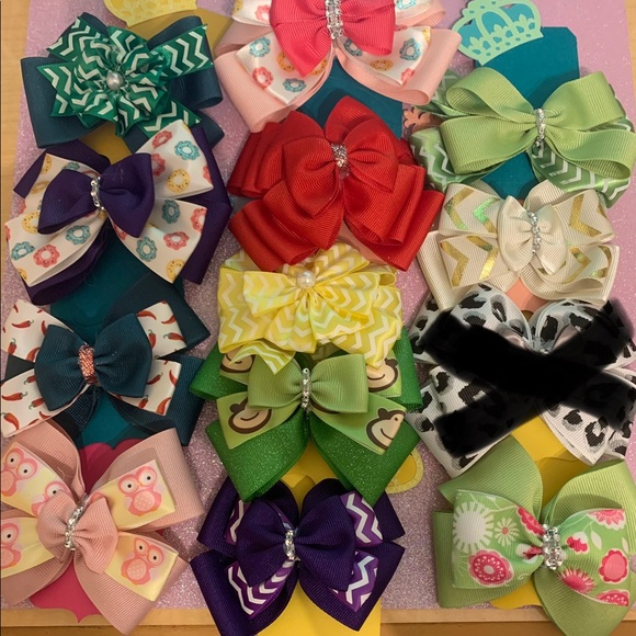 12 different bows